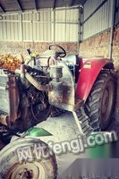河北邢台闲置出售900拖拉机带农具