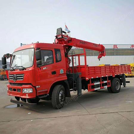 供应8吨小吊车报价 唐骏8吨吊车多少钱一台