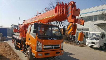 现货销售凯马12吨汽车吊报价 12吨小型吊车