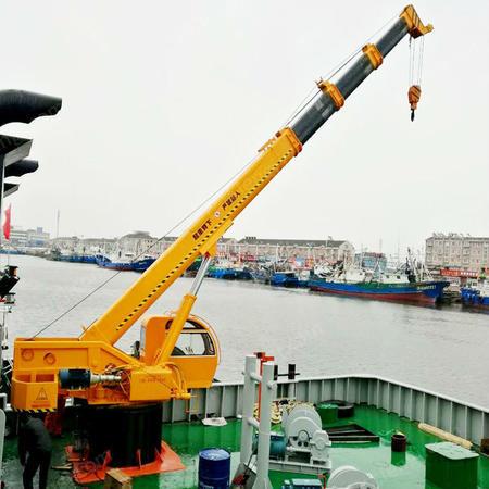 供应小型船吊价格 5吨船吊