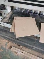 浙江金华现有一台电子裁板锯低价出售