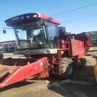 天津河北区农用车出售17年勇猛玉米收割机