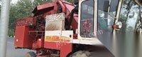 山东滨州15年使用福田玉米收割机出售