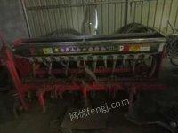 河北邯郸低价处理自用小麦播种机