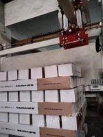四川成都出售99成新地板码垛机器1台,地板专用设备9.99新