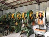 广东东莞出售9.9成新的上海二段冲床,125吨到10吨