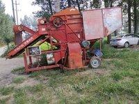 大型花生摘果机一台废铁价格出售