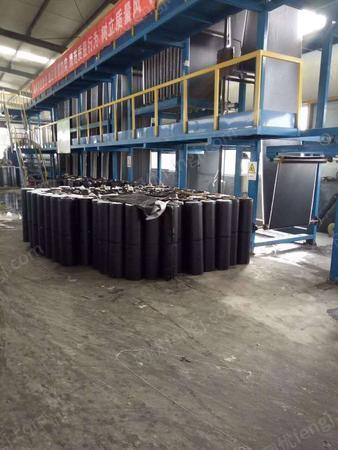 土工材料厂采购抗裂贴设备一套带分切