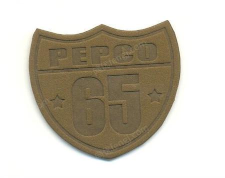 供应气动烫金机压花机竹木皮革塑胶名片商标logo压痕鞋垫烫印机