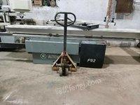 黑龙江哈尔滨压孢,推台锯,立铣,打磨机砂光机出售