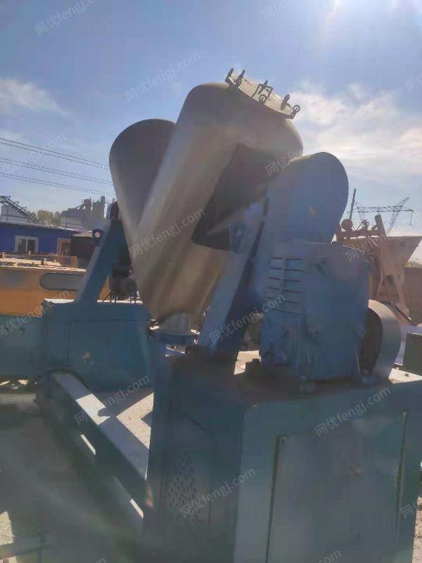 出售一套焊材生产设备
