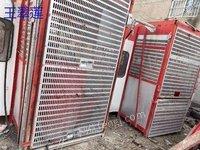出售一台二手长城100米施工电梯。 14年