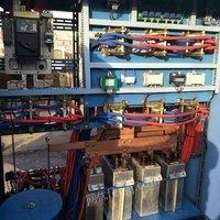 出售几乎全新的500公斤串联谐振中频炉3