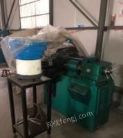 江苏常州全新未民用自动滚丝机和9成新冷镦机、搓丝机共6台套转让。
