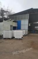 湖北武汉大量铁桶塑料桶九成新吨桶九九新出售