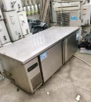 上海浦东新区操作台厨房专用冷柜出售