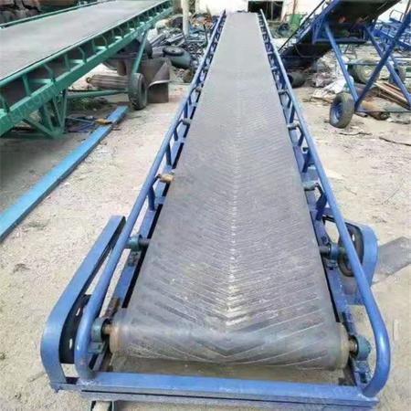 山西太原水泥装车输送机槽钢大架斜坡传输机家用输送机出售