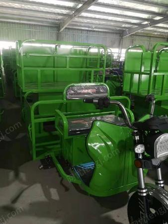 四桶档板保洁车生产供应
