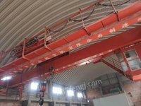 出售17米半室内天车,32吨.10吨