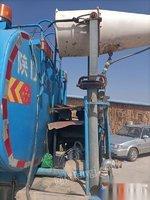 陕西咸阳转让10方洒水车 国四洒水车一台 6档箱,东风头,湖北新中绿 16年5月22的车,