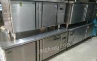 河南信阳出售各种厨房设备。