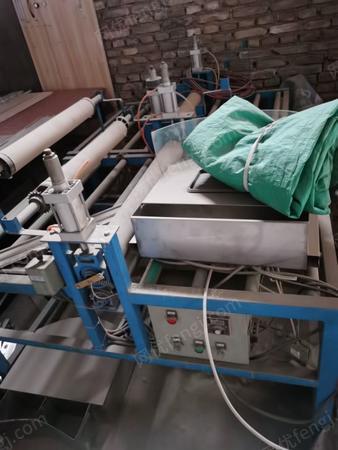 工厂转让1M玻璃覆膜机2台.铝型材台钻1台