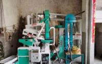 广西百色碾米机榨油机粉碎机出售