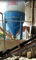 砖厂处理4/8块全自动制砖机,上料机,搅拌机各1台(详见图)