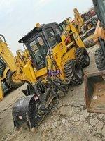 出售二手山猫滑移装载机S300,S450,S550