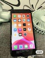 iPhone 8 plus.出售