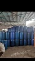 广西柳州200个塑料桶低价处理!