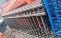 辽宁沈阳塑料托盘,铁护栏,围挡,货架子出售